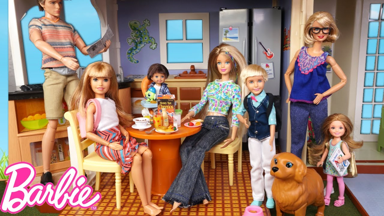 Download Barbie Doll Family Goes to a New School - Morning Routine