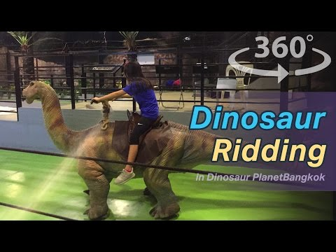 Dino Farm in Dinosaur Planet Bangkok in Thailand VR | 360 Video