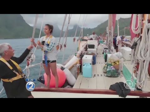 Hokulea, Hikianalia island-hop in the Society Islands