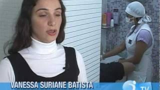 Colisões de após evitar a depilação biquíni