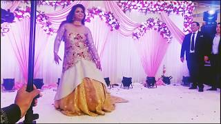 Best Bollywood bride dance choreography leja leja re