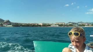 Плывем на катере на мыс Меганом. Судак. Крым. 26 июня 2016 г.(, 2016-07-06T13:25:16.000Z)