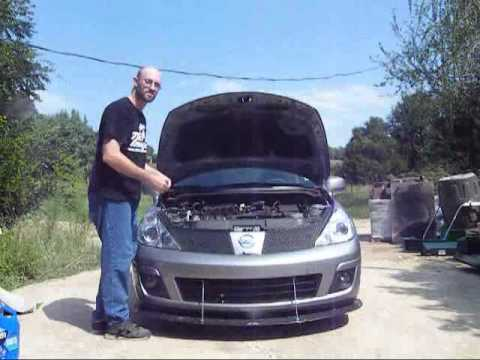 Basic Oil Change On Nissan Versa Mr18 1 8l Engine Youtube