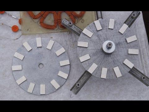 видео: 24 магнита на 2 дисках. Самодельный генератор ветряка. Сборка. От руки ТЕСТ 10