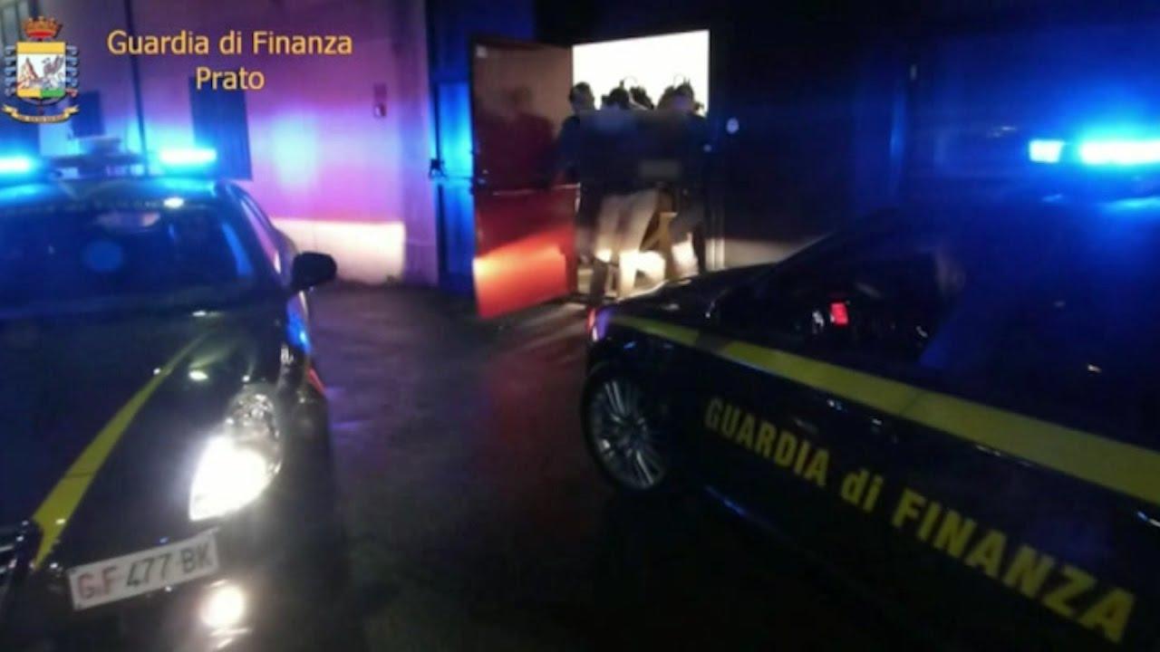 Prato, falsi permessi di soggiorno: 15 arresti e 83 ...