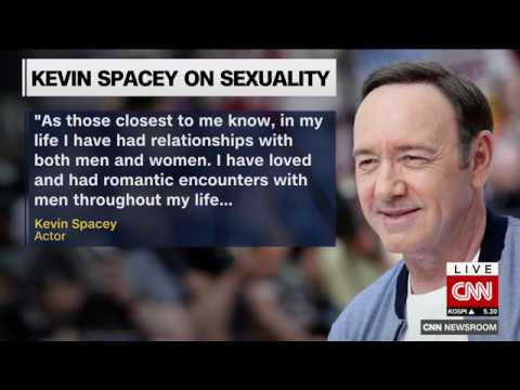 Kevin Spacey apologizes after accusation surfaces