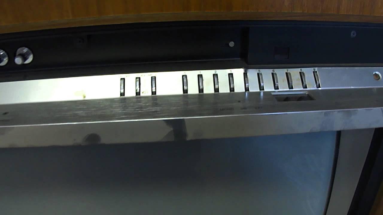 1983 Rca Colortrak 2000 Console Tv Youtube