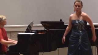 Anastasia Landázuri Monica´s waltz de la opera The Medium Menotti