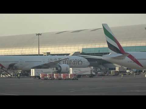 Emirates Boeing 777 despegue Dubai