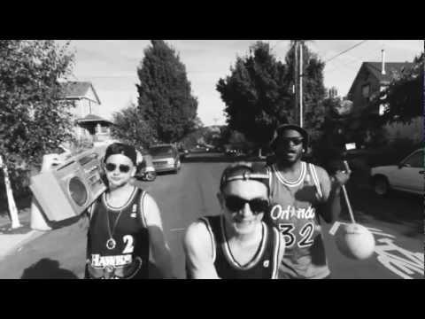 TxE - SWING SET (Official Video)
