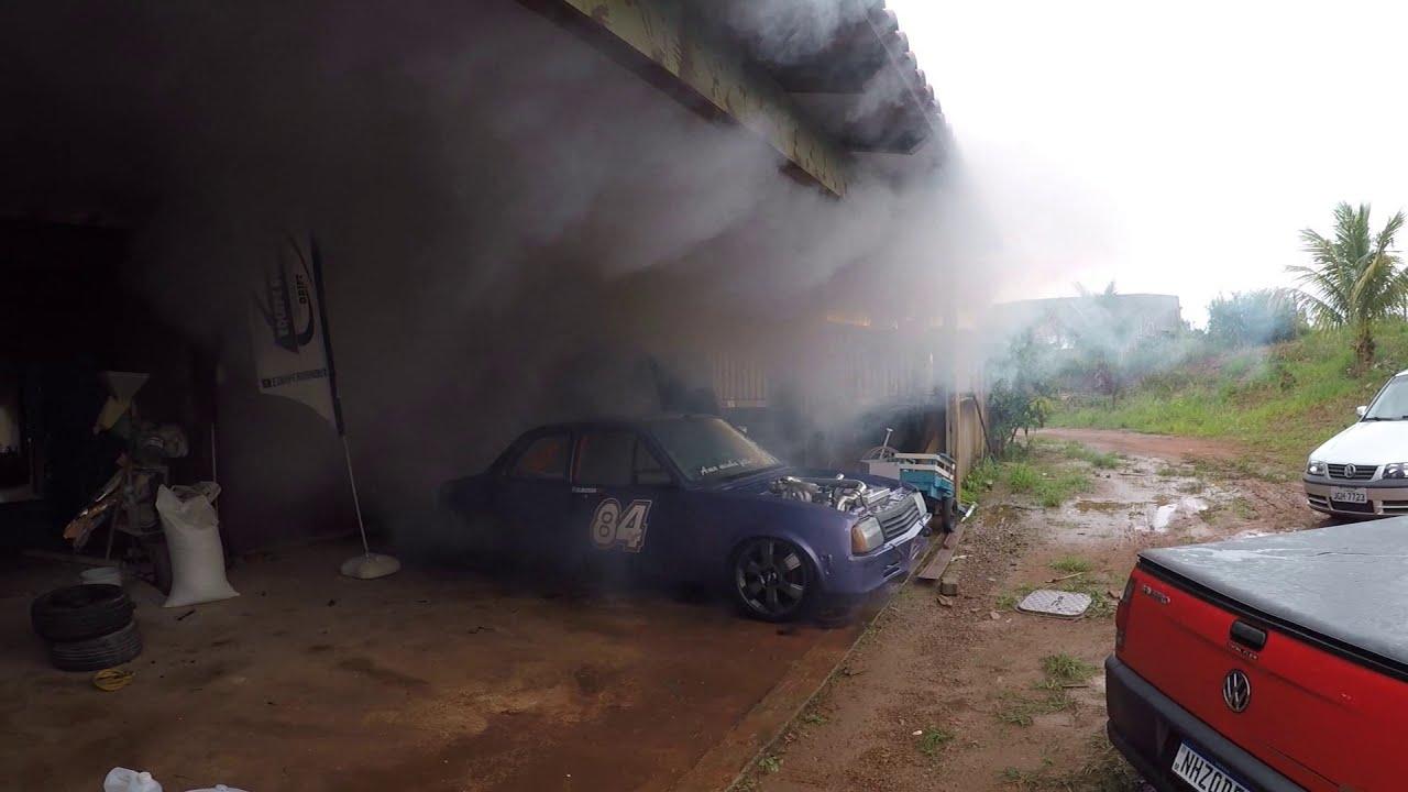 BURNOUT NA GARAGEM !!! Chevette Turbo - Equipe Burnout