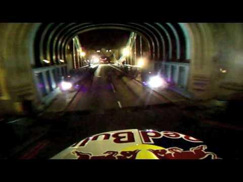 POV cam Maddos Tower Bridge jump in London