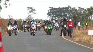 Les motards du Kenya en quête de sensations fortes