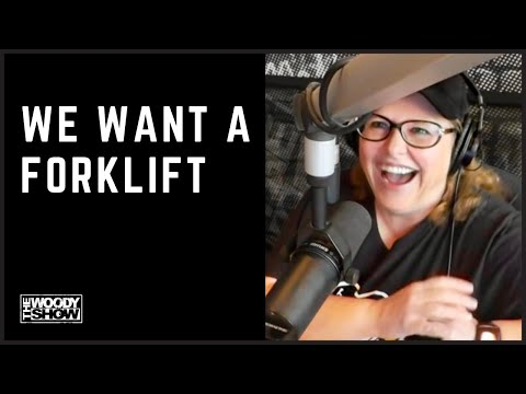 The Woody Show - The show wants a forklift