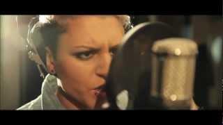 Christina Novelli - Concrete Angel Acoustic