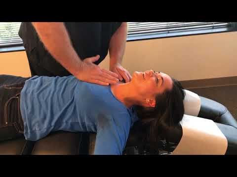 Beautiful Young UK Patient With No Pain Gets Adjusted At Advanced Chiropractic Relief
