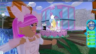 Roblox Royale High Wheel Accessories with Friends