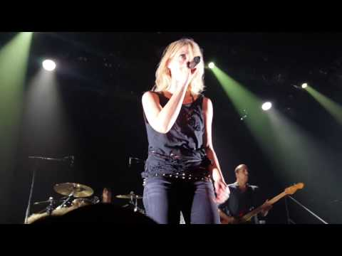 Metric - Dead Disco + Medley (Music Hall of Williamsburg 11/29/16)
