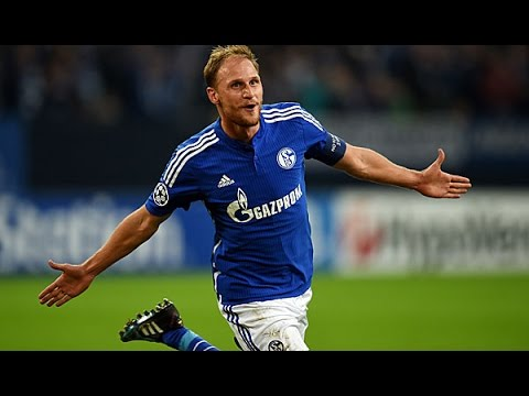 Should Benedikt Howedes Replace Mertesacker? (Ft Euro Football Exert Andy Brassell)
