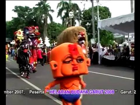 Burok PKC Di Kirab Budaya Ciayumajakuning 2013 (4)