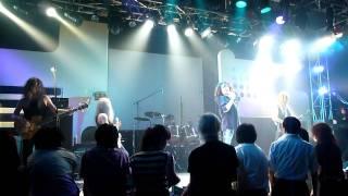 2011/8/23 渋谷duo 1曲目 Walking In The Shadow of The Blues.