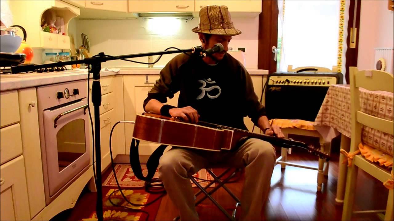 Canzone con chitarra acustica slide gabriele sii il tuo for Sii il tuo architetto