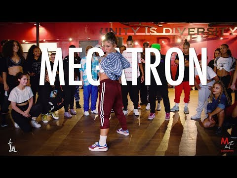 """I Can Hardly Catch My Own Breath Watching This Upbeat Dance to Nicki Minaj's """"Megatron"""""""