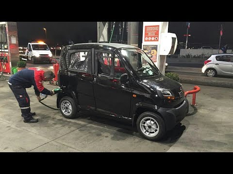 Bajaj Qute RE60 cheapest car in india/Price,Specifications,Mileage- 36 kmpl