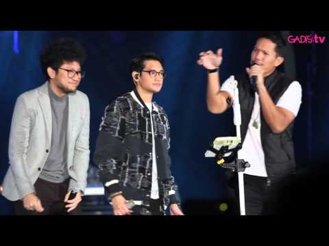 "Afgan, Kunto Aji, Angga ""Maliq & D'Essentials"" - On Bended Knee (Live At Java Jazz Festival 2016)"