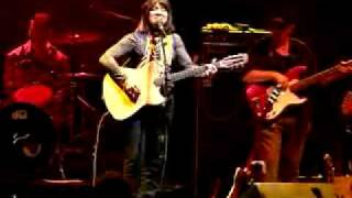 Pineywood Hills - Buffy Sainte-Marie - Mariposa 2009