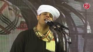 الشيخ محمود ياسين التهامي  - اه انا ما قلتها رغم إندلاع حريقها بداخلي -  مولد السيدة زينب ٢٠١٩