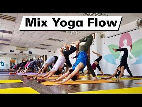 30 Minutes Mix Yoga Flow | Yoga For Beginner | Raja Gupta