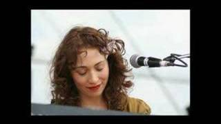 Regina Spektor - Mermaid (08-23-2005)