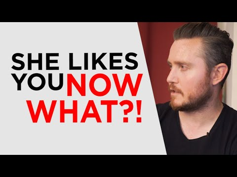 What To Do If A Girl Likes You (AVOID THIS MISTAKE)