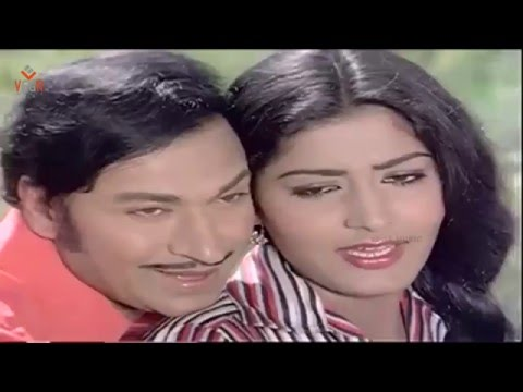 Duet Song Of Dr Rajkumar & Gayathri From Kannada Movie