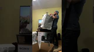 Unboxing SONY X30D