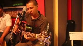 Nỗi nhớ cao nguyên, sáng tác và trinh bày: Nhạc sĩ Tuấn Anh Cello tại Cafe Ganesha TP Mỹ Tho