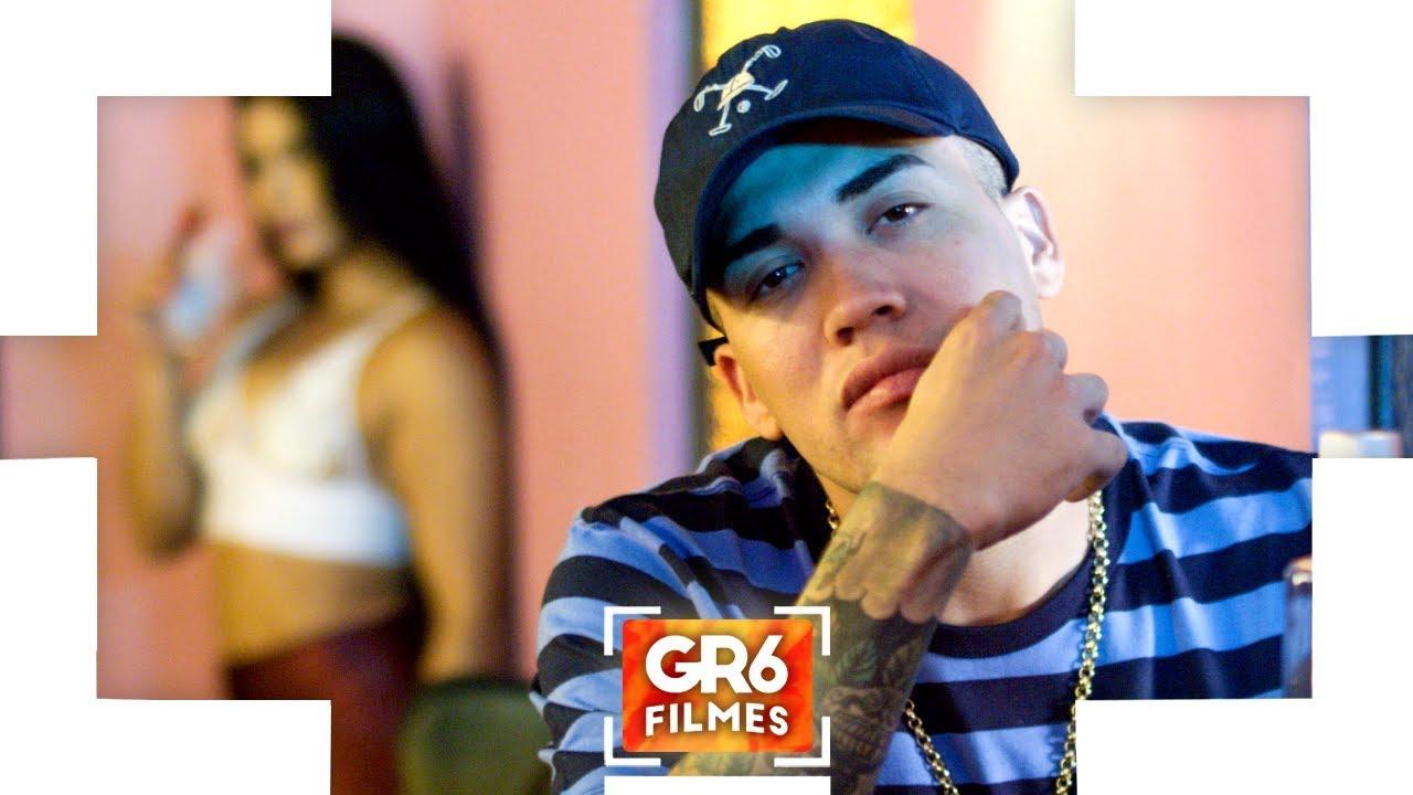 MC Brisola - Amiga Que é Amiga (Video Clipe) Perera DJ