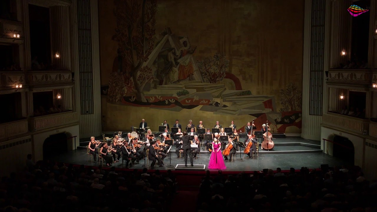 20190813 Vienna Opera House Soprano Eunsie Hong Voices of Spring Waltz, Op. 410