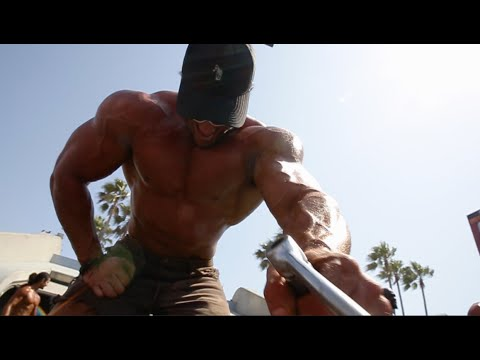 Epic Pump Up & Pose Down, Muscle Beach, WHO WILL WIN? | Calum Von Moger