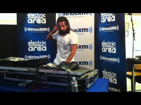 Rock This Party (Everybody Dance Now), Bob Sinclar, Live