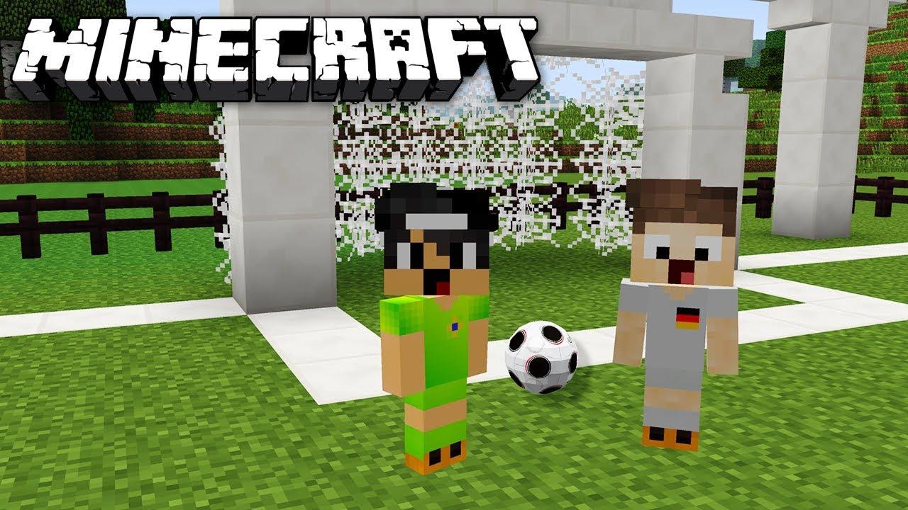 WIR SPIELEN EINE RUNDE FUßBALL IN MINECRAFT YouTube - Minecraft fubball spielen deutsch