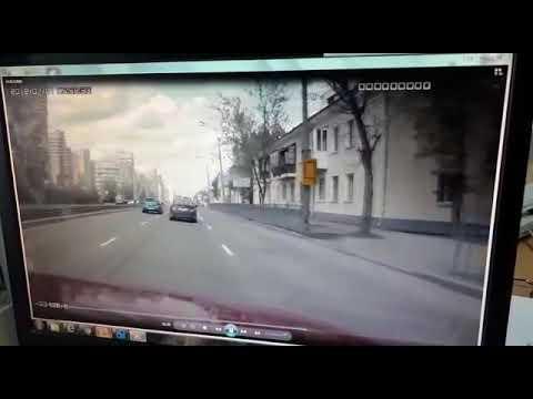ДТП Екатеринбург Инспектор ДПС на мотоцикле.