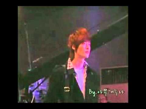 [FANCAM] Lee Jong Suk