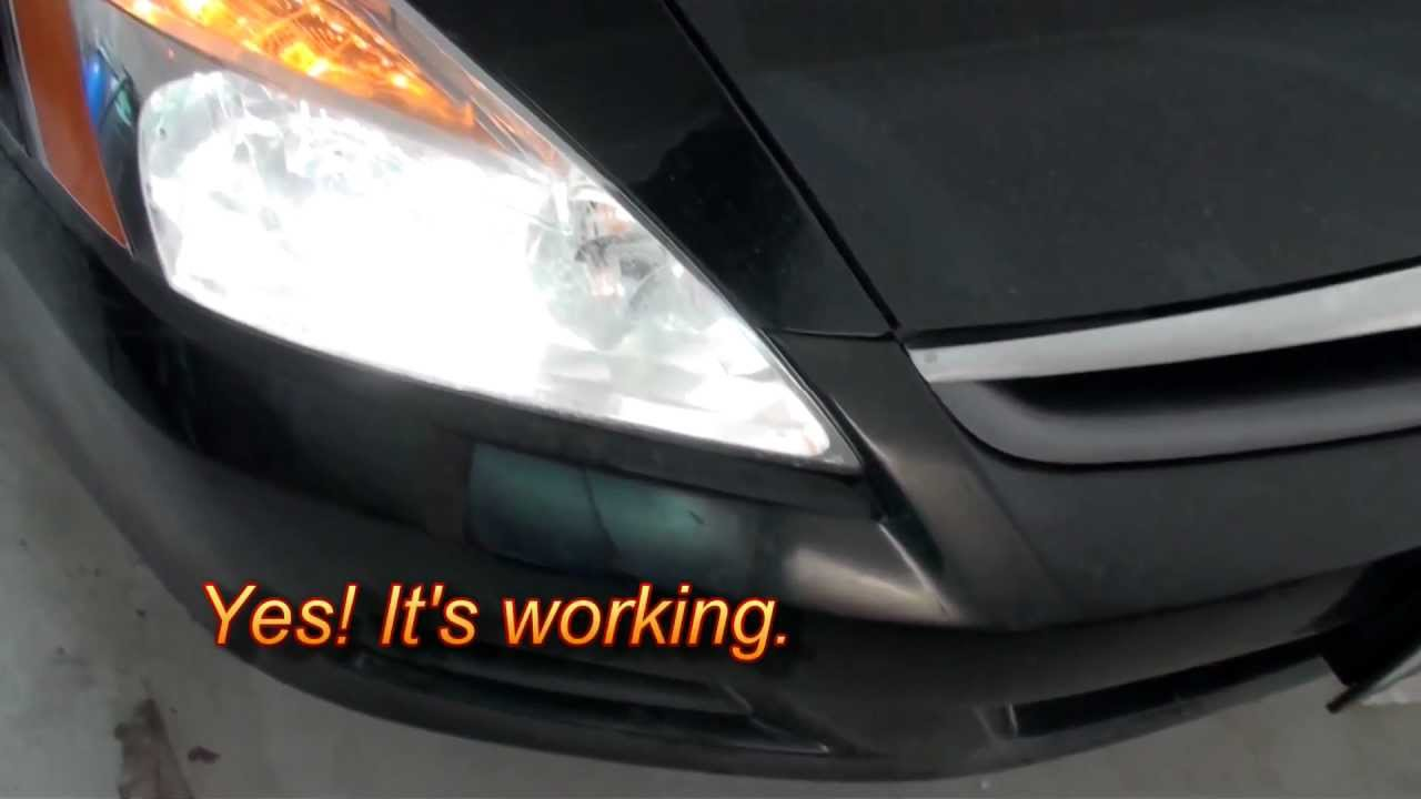 How To Replace The Headlight Bulb On A Honda Accord 2007 Low Beam You