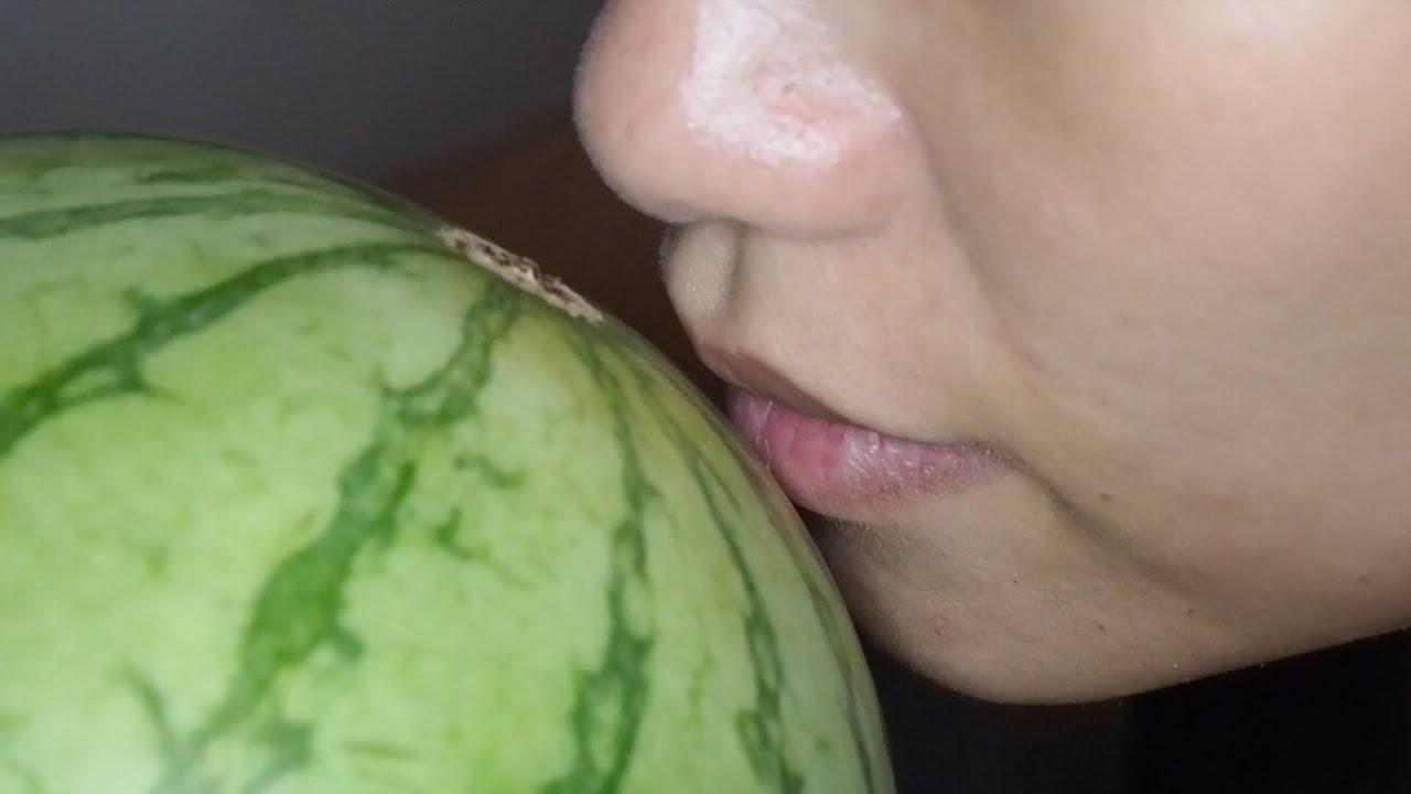 AFG: Girl eats juicy watermelon  // Asian Food Girl
