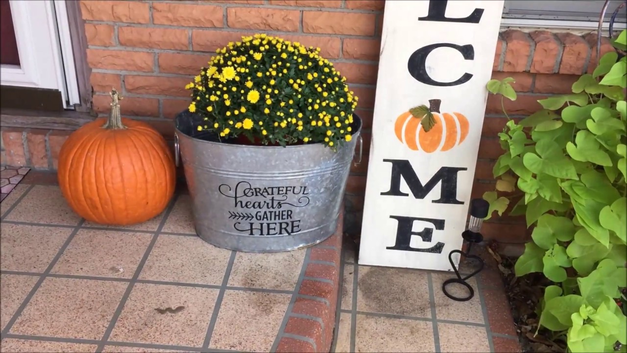 DIY Front Porch Welcome Sign