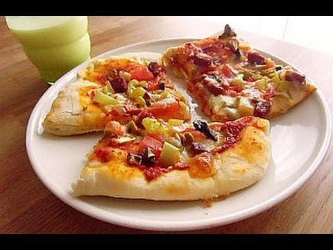 pizza-mit-sucuk--sucuklu-italyan-pizası---canans-rezepte