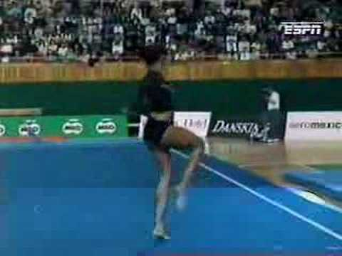 Betty Okino - 1994 Gold Gymnastics Spectacular - Floor Exercise streaming vf