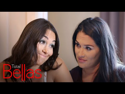 Brie & Nikki Spy on Artem & Kathy's Golf Date | Total Bellas | E!